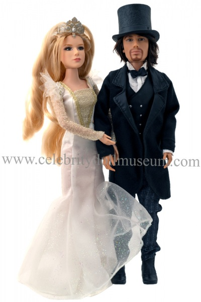 Michelle Williams and James Franco dolls
