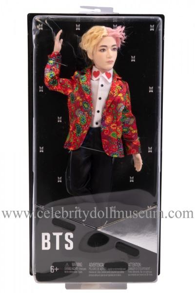 V BTS doll box front