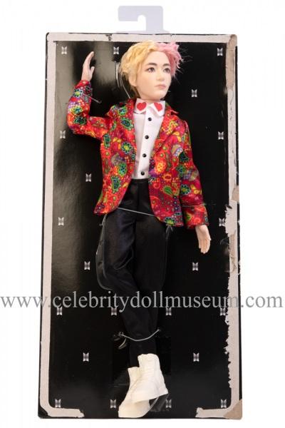 V BTS doll box insert