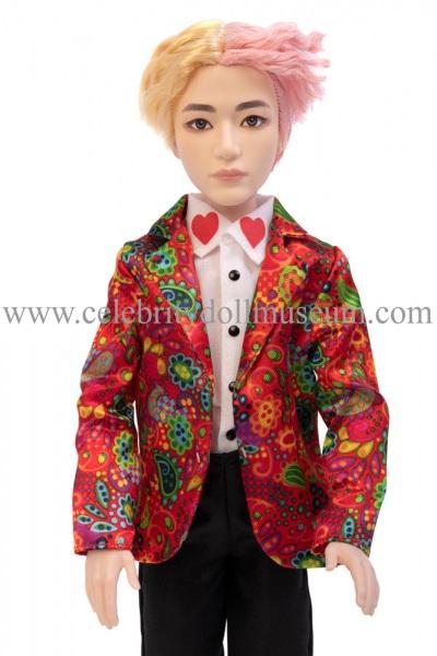 V BTS doll