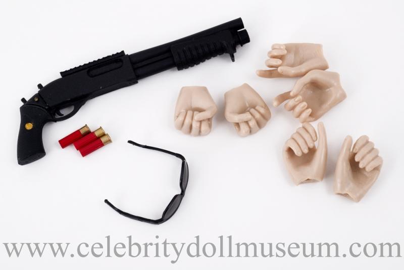 Kirsten Stewart doll accessories