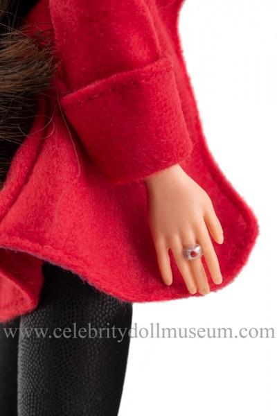 Mila Kunis doll ring