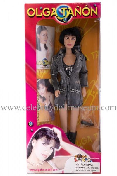 Olga Tañón doll box front